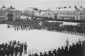 Jääkärit saapuivat Vaasaan helmikuussa 1918.