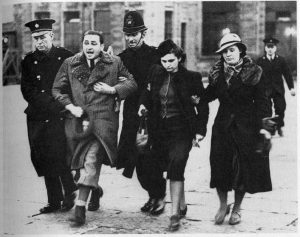 Jewish_refugees_at_Croydon_airport_1939