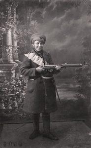 Punaisten puolella taisteli myös naisia.